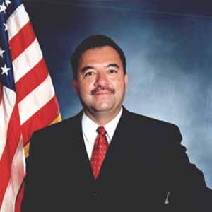 Simon Salinas Profile Picture